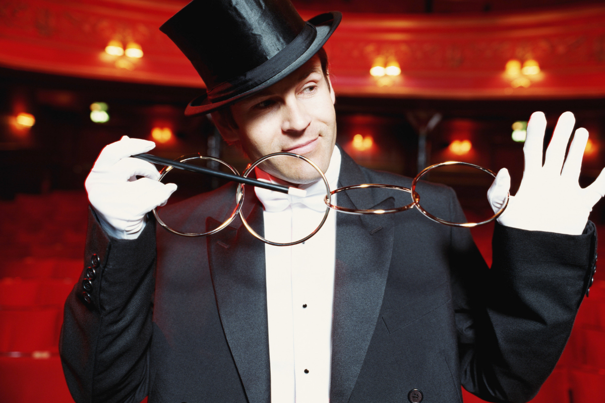 What is the difference between a magician and a mentalist?